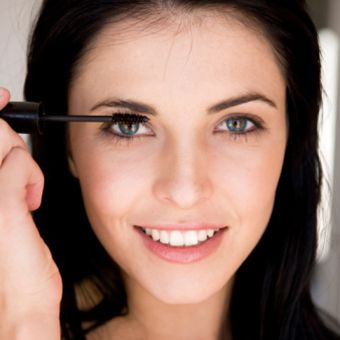How to Get Younger Looking Eyes with Makeup