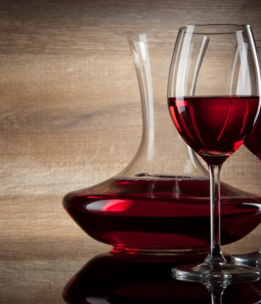 Does drinking red wine improve gut bacteria